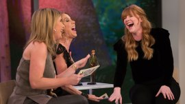 Bryce Dallas Howard previews 'Jurassic World: Fallen Kingdom' (and plays with the toys)