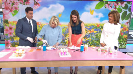 Martha Stewart shows 3 ways to make Easter eggs