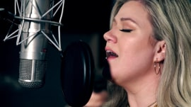 Kelly Clarkson debuts new 'I've Loved You Since Forever' music video