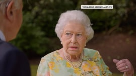Queen Elizabeth jokes about Trump and Obama
