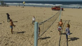 Kathie Lee and Hoda learn how to play beach volleyball!