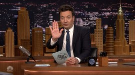 Watch Jimmy Fallon read hilarious #MomQuotes