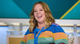 Melissa McCarthy surprises TODAY fans in the green room