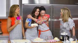Watch Sandra Bullock help her sister Gesine Bullock-Prado make cherry pie