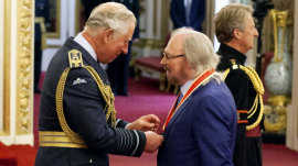 Sir Barry Gibb knighted at Buckingham Palace