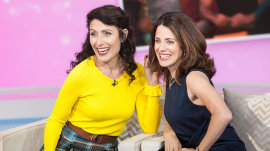 Lisa Edelstein and Alanna Ubach talk about 'Girlfriend's Guide to Divorce'
