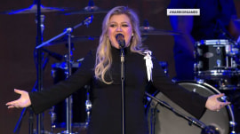 Kelly Clarkson salutes American heroes at Warrior Games