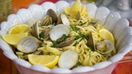 How to make delicious clam linguine and kale Caesar salad
