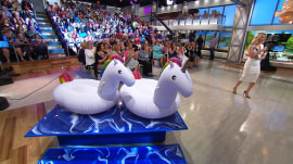 Club MK: The Megyn Kelly TODAY audience takes home a unicorn pool float!