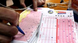 Mega Millions jackpot reaches $512 million