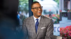 Lookin' good! Craig Melvin wears glasses for the 1st time on TODAY