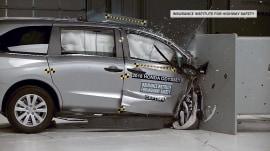 New crash testing on minivans raises safety concerns
