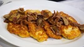 Chef Adam Richman makes his mom's chicken marsala