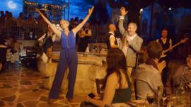 'Mamma Mia!'-themed restaurant? Count KLG and Hoda in!