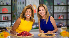 Kathie Lee and Hoda reveal the People's Choice Awards 2018 nominees