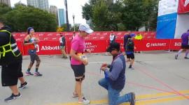 Chicago Marathon runner gets surprise proposal at finish line