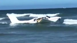 Small plane crashes off shore of Daytona Beach