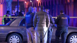 2 Chicago officers killed by train while responding to call