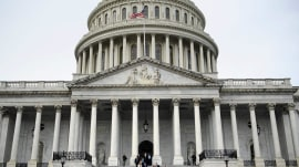 Congress plans to delay possible government shutdown