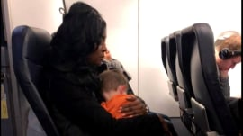 Stressed mom traveling with 2 sons thanks strangers who helped