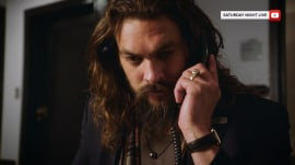 Jason Momoa is an action hero-turned-NBC page in 'SNL' promo