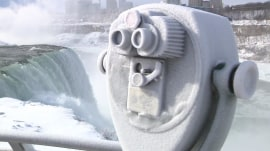 TODAY headlines: Niagara Falls freezes; TripAdvisor picks best hotels in US
