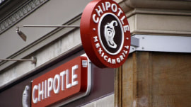 How Chipotle is luring back customers after food safety issues