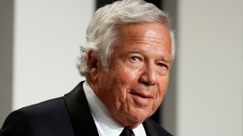 New England Patriots owner apologizes after prostitution arrest