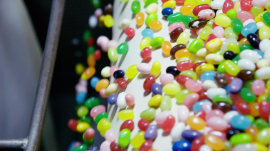 Inside the Jelly Belly factory, where colorful beans are made