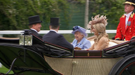 Queen Elizabeth, Kate Middleton head to Britain's Royal Ascot