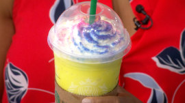 TODAY anchors try Starbucks' new Tie-Dye Frappuccino