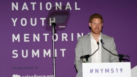 Prince Harry delivers moving speech about fatherhood, Princess Diana
