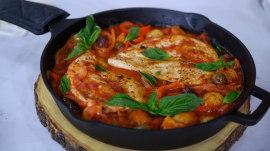 One-pot recipes: Chicken cacciatore, cauliflower mac and cheese