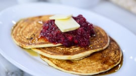 Meal-prep recipes: Use cranberry sauce for meatless meatballs, pancakes