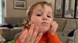 Watch Dylan Dreyer and son Calvin make oatmeal 3 ways