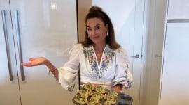Make Elizabeth Chambers Hammer's artichoke spinach popover
