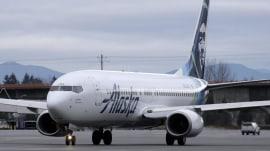 Alaska Air announces deal to acquire Virgin America