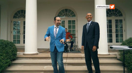 'Hamilton' creator freestyle raps with President Obama