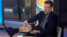Poll finds women prefer shaved legs, Carson Daly tries it for himself
