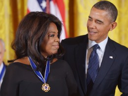 Image: US-AWARDS-MEDAL OF FREEDOM-WINFREY