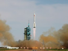 Image: China Launches Shenzhou X