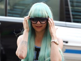 Image: Amanda Bynes Manhattan Criminal Court Appearance - July 9, 2013