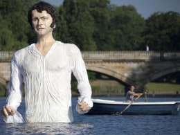 Image: A statue of Jane Austen's romantic hero Mr Darcy at London