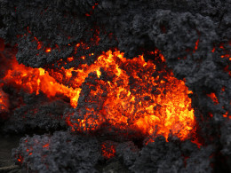 Image: Lava from an eruption on Holuhraun, northwest of the Dyngjujoekull glacier in Iceland