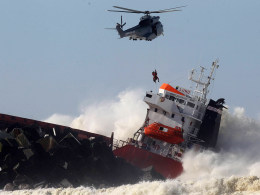 Image: Cargo Ship Breaks Up Off French Coast