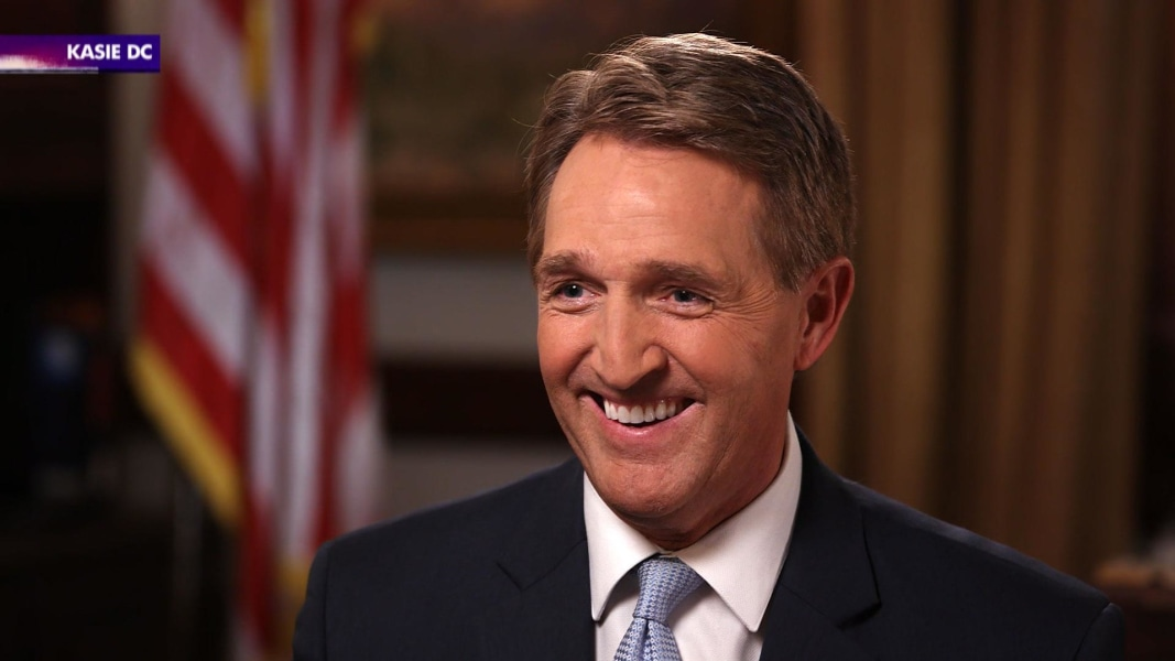 Sen. Flake meets with Mitt Romney, says 'Run, Mitt, run'
