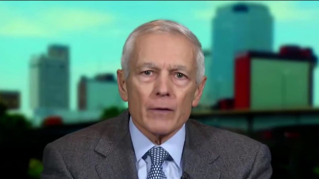 general wesley clark issues essay Wesley clark, once a four star officer, next a failed presidential candidate, and then involved in some kind of reality tv show, has become a penny stock general, says bloomberg news.