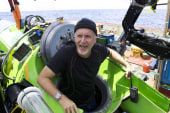 James Cameron travels to earth's deepest...