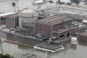 Flood waters threaten Nebraska nuke plant