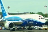 Boeing's Dreamliner focuses on comfort,...